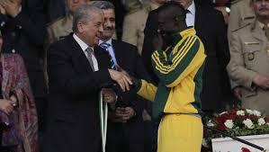 Ebossé avec le premier ministre Sellal.