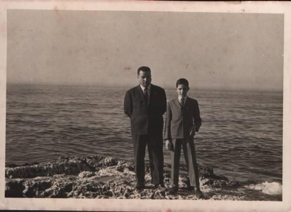 Le colonel Amar Ouamrane avec Ahmed Amrouche (Le fils de Si Lmouloud Awakour)