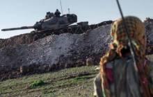 Les chars turcs s'enfoncent dans le territoire syrien
