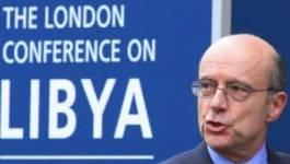Libye: Paris prêt à discuter d'une aide militaire aux rebelles