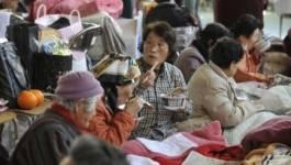 La crise nucléaire reste grave, Kan appelle le Japon à se relever