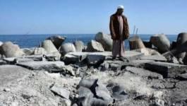 """Libye: l'avancée des rebelles vers Syrte stoppée, réunion sur """"l'après-Kadhafi"""""""