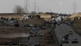 Rébellion libyenne: des roquettes dans le désert