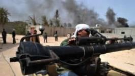Le bureau de Kadhafi bombardé, avancée des rebelles à Misrata