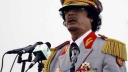 Les conditions d'un départ de Kadhafi au centre des débats