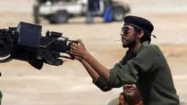 """Libye: l'Otan """"regrette"""" une frappe fratricide, les rebelles se replient"""
