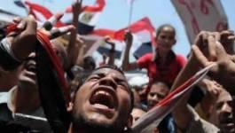 """Egypte: des milliers de manifestants au """"vendredi du dernier avertissement"""""""