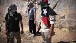 Libye: les rebelles responsables d'incendies, de pillages et d'abus sur des civils