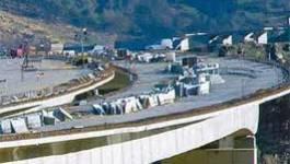 Surcoûts et malversations dans le projet de l'autoroute est-ouest : le débat