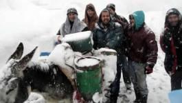 La neige paralyse depuis plusieurs jours la Kabylie