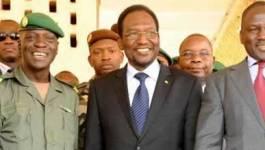 Mali : le président Traoré menace les Touareg et salafistes de guerre totale