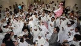 Koweït : des centaines de personnes manifestent à l'appel de l'opposition