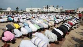 Tunisie : les islamistes d'Ennahda prient contre la corruption