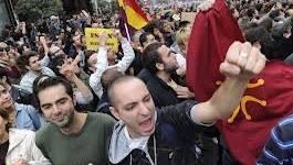 Espagne : la police tire des balles en caoutchouc sur des manifestants