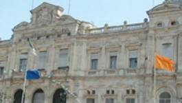 Le maire et son adjoint devant le tribunal de la cité Djamel à Oran