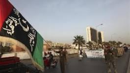 Des manifestants chassent des milices islamistes de Benghazi