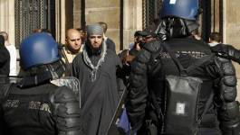 Des salafistes manifestent à Paris, une centaine d'interpellations