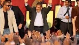 """Egypte : les juges vent debout contre """"l'autoritarisme"""" de Morsi"""