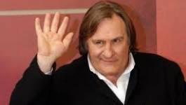 France : l'acteur Gérard Depardieu rend son passeport français