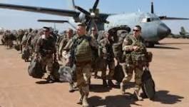 Mali : les parachutistes français contrôlent l'aéroport de Tessalit