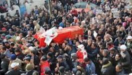 Tunisie : une foule nombreuse aux funérailles de Belaïd Chokri
