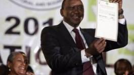 Kenya: l'élection de Kenyatta validée, Odinga reconnaît sa défaite