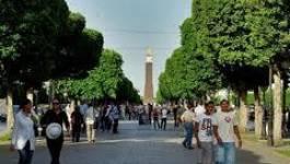 Tunis : un jeune homme s'immole par le feu sur l'avenue Bourguiba