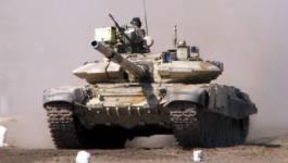 Des blindés algériens déployés à la frontière tunisienne