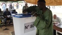 Les Maliens, traumatisés par des mois de chaos, élisent leur président
