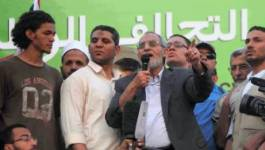 Égypte : le nouveau pouvoir ordonne l'arrestation du guide suprême des Frères musulmans