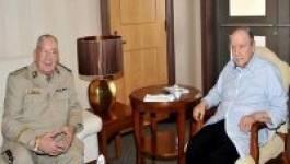 Le président Bouteflika reçoit le général Gaïd Salah