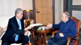 Bouteflika reçoit Abdelmalek Sellal et Ahmed Gaïd Salah