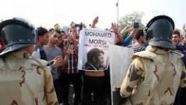 Egypte: Morsi défie le tribunal et se dit toujours président