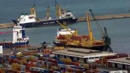L'excédent commercial de l'Algérie baisse de moitié en 2013