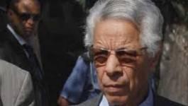 Mouloud Hamrouche fait une prudente entrée politique
