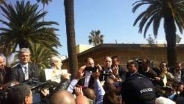 Les boycotteurs empêchés par la police de se rassembler à Alger