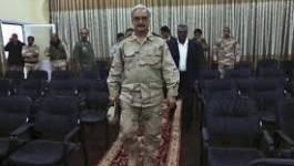 """Libye: le général Khalifa Haftar revendique un """"conseil présidentiel"""""""