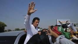 """Le Pakistan s'acheminerait vers un """"coup d'Etat de velours"""" de l'armée"""