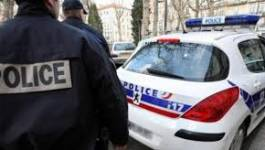 Un Algérien qui devait être expulsé décède à Roissy (France)