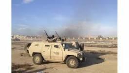 Les Emirats et l'Egypte mènent des raids aériens en Libye