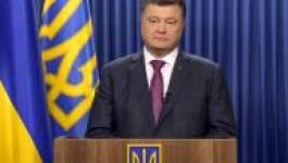 """Le président Petro Porochenko parle d'une """"invasion russe"""" en Ukraine"""