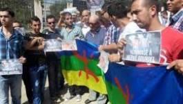Hommage à Gourdel : Ferhat Mehenni fustige Bouteflika