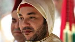"""""""Mohammed VI derrière les masques"""": un livre très critique"""
