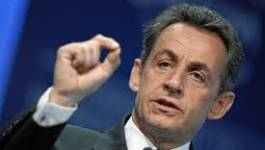 """France : Nicolas Sarkozy revient pour """"réinventer"""" la politique"""