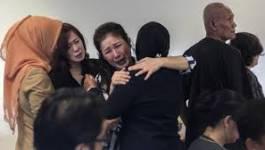 Des corps et débris du vol QZ8501 d'AirAsia retrouvés en mer