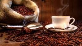 Alimentaires: le café bondit, le cacao se stabilise et le sucre rééquilibre