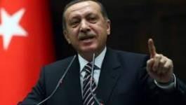 Turquie : Erdogan menacé par les défections et la contestation montante