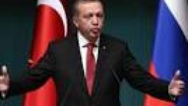 """Le président turc Erdogan compare la contraception à une """"trahison"""""""