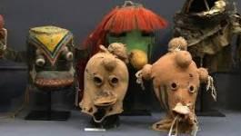 France : les masques Hopis très bien vendus à Drouot malgré les protestations
