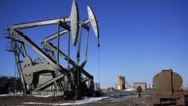 Le pétrole tombe à 55,91 dollars, l'Opep inquiète